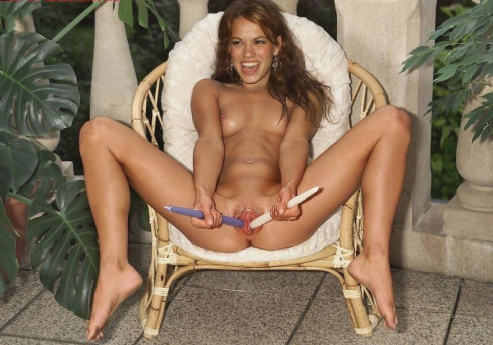 Banned Pics of Bethany Joy Lenz Naked!