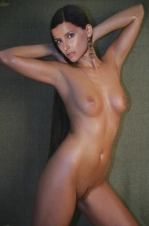 nuds Nelly Furtado